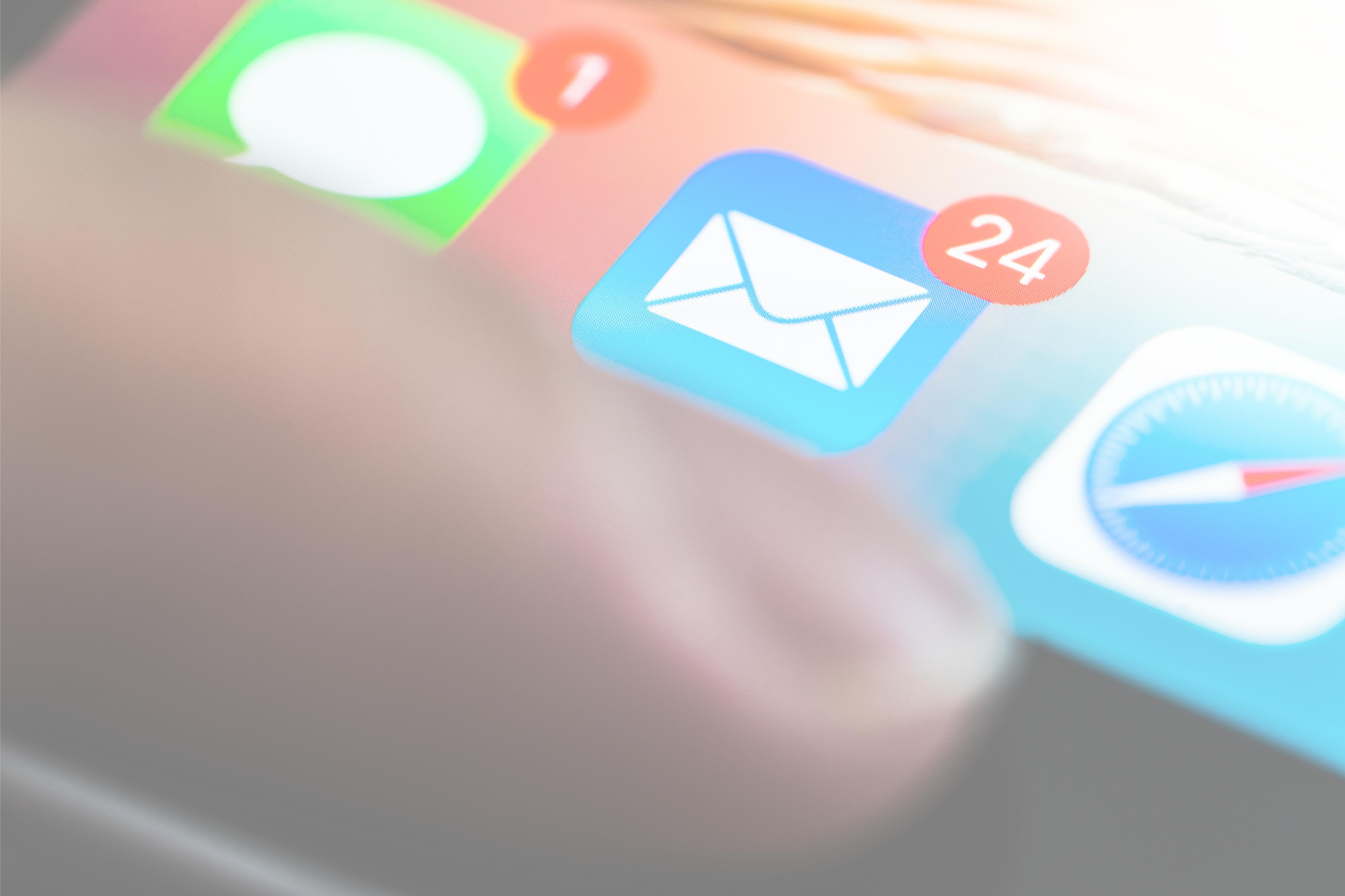 E-mail Marketing Mobile Phone