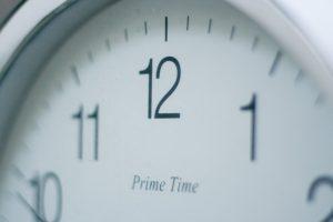 Social-Media-Clock-1024x683